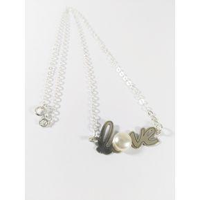 4da9419c94c0 Fernanda Romero - Collar LOVE Elaborado En Plata Con Una Perla