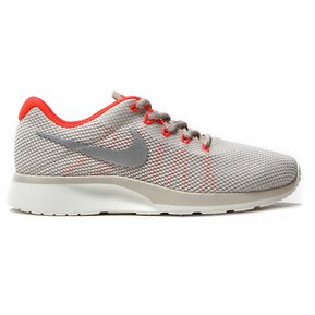 size 40 900bd 2a4f8 Zapatillas Para Mujer Nike Tanjun Racer 921668 101 - Blanco