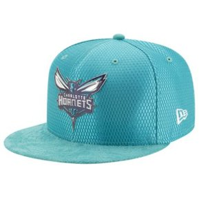 NEW ERA - GORRA PARA HOMBRE NEW ERA NBA Charlotte Hornets Talla 7 1 4 f999258e8c8