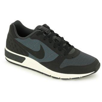 Compra Tenis Deportivos Hombre Nike Nightgazer-Negro online  6b533cc8c588e