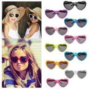 5781d137b6 Moda Gafas De Sol Con Forma De Corazón Adorable UV400 Sun Espejo Adultos  Niños Cristal Gafas
