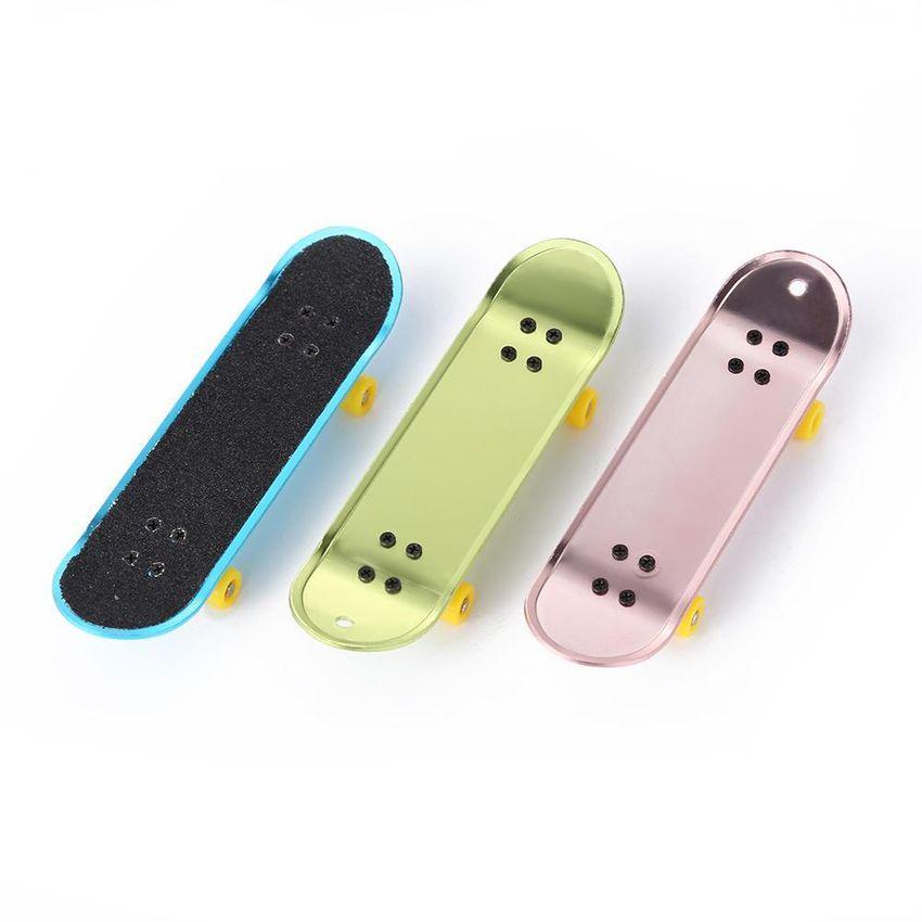 Heaven Light Mini Skateboards Set Alloy Finger Skate Board Juguetes de GE598TB1NAB1PLMX ZQVf1MJt ZQVf1MJt kp7Z82mE