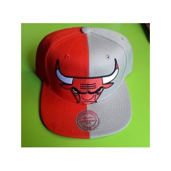 Mitchell And Ness - Gorra Para Hombre NBA Chicago Bulls - Rojo  Gris e843a5ef6ea