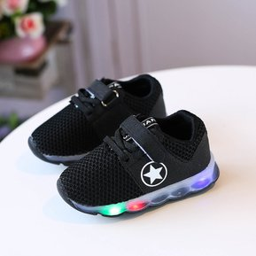 size 40 5c3a1 718b8 Zapatillas tipo convers color negro