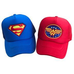 2 Gorras para pareja Superman y Mujer Maravilla SuperLove- Azul rey y roja 47c123abb89