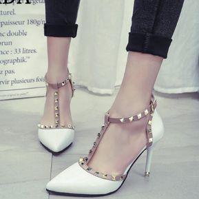62c7cec9ed381 Zapatos De Mujer Tacones Altos Remaches Bombas De Punta Estrecha -blanco