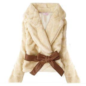 Venta Caliente Corea Moda Faux Fur Conejo Señora De Pelo Warm Coat Jacket  Fluffy Corto Outwear 2d684a2e96b