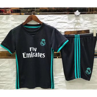 Conjunto De Camiseta Y Pantalones Corto De Fútbol Para Niños - Real Madrid  Negro a180357fb3de0