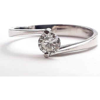 b1035eddcf3c Anillo De Compromiso Solitario Diamond Desing Diamante Natural 15 Puntos  Con Montadura De Oro Blanco De