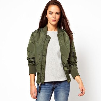 Chaqueta militar mujer colombia