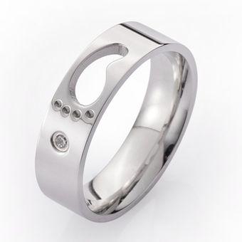 EY Anillo de acero inoxidable de pareja personalizada moda Joyería espacio  hueco-Silver a92daafe182
