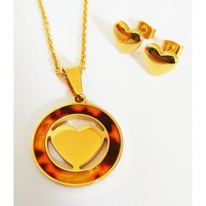 65b4b66d2614 La Tienda 88 - Set De Collar Y Aretes Corazón Acero Y Carey Enchapado Oro  Amarillo
