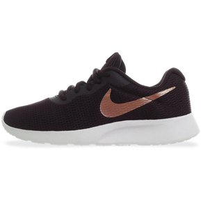 2f777c2c9f8 Tenis Nike Tanjun - 812655607 - Purpura - Mujer