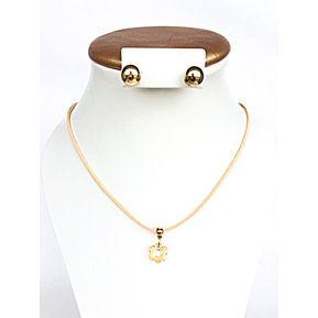 618e02b36044 Collar En Cuero Beige Con Aretes Por WOM ACCESORIOS - Beige