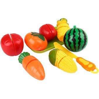 los nios creativos fingen el juego juego de rol cocinar los juguetes de la fruta cortar
