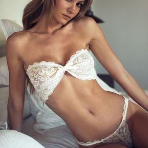 b48224c897 Sexy mujer de encaje bowknot Bra Ropa Interior lencería erótica venda  trajes de noche Blanco
