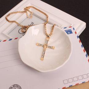 4eadfc1a9b43 Colgante Cruz De Diamantes Collar Moda Caja De Cifrado Para Hombres