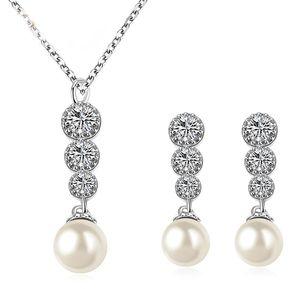d266858b41e1 La Tienda 88 - Set De Collar Y Aretes Perlas Con Zirconias Austriacas Enchapado  Oro Blanco